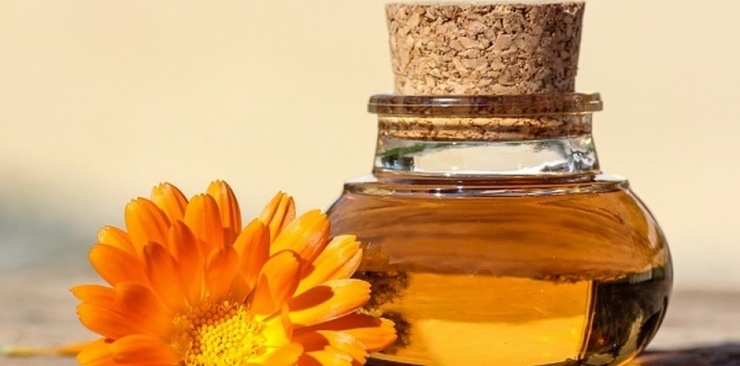 Marigold macerate oil: properties and use