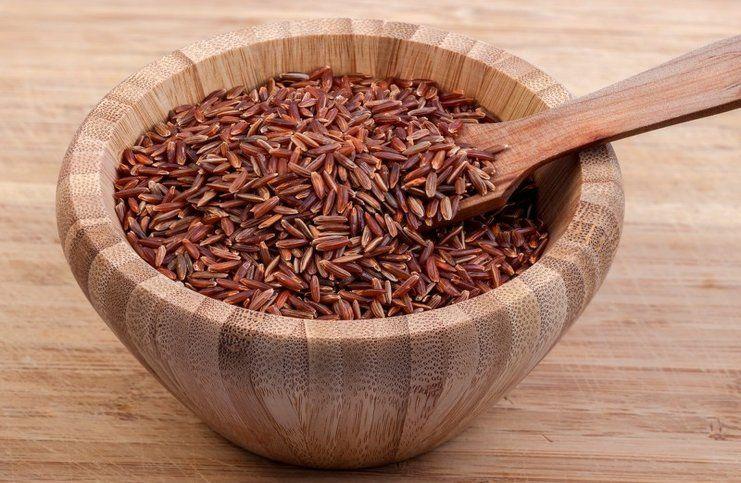 riso rosso integrale proprietà e controindicazioni